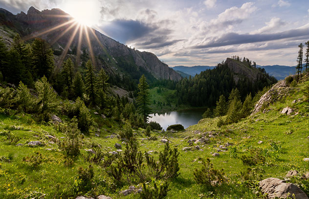 Los prístinos montes Rugova de Kosovo son territorio excursionista de primera © Jakup Jakupi / 500px