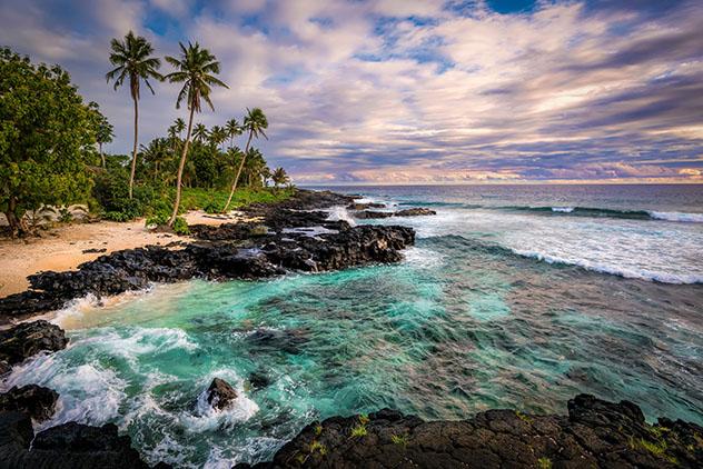 En los Mares del Sur, un libro para viajar al paraíso del Pacífico
