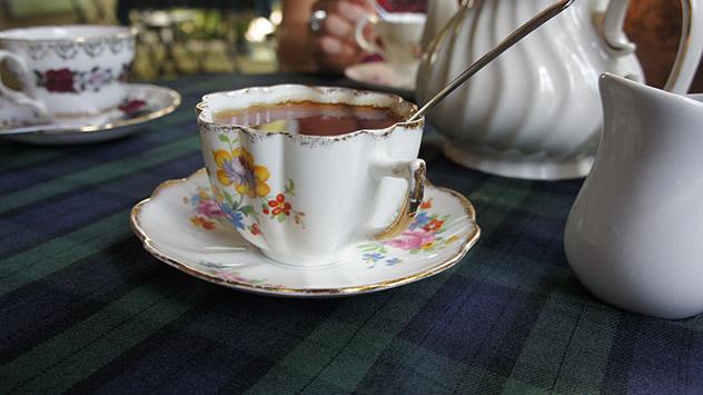 La hora del té en Londres, Inglaterra © Traci Phillips / Shutterstock
