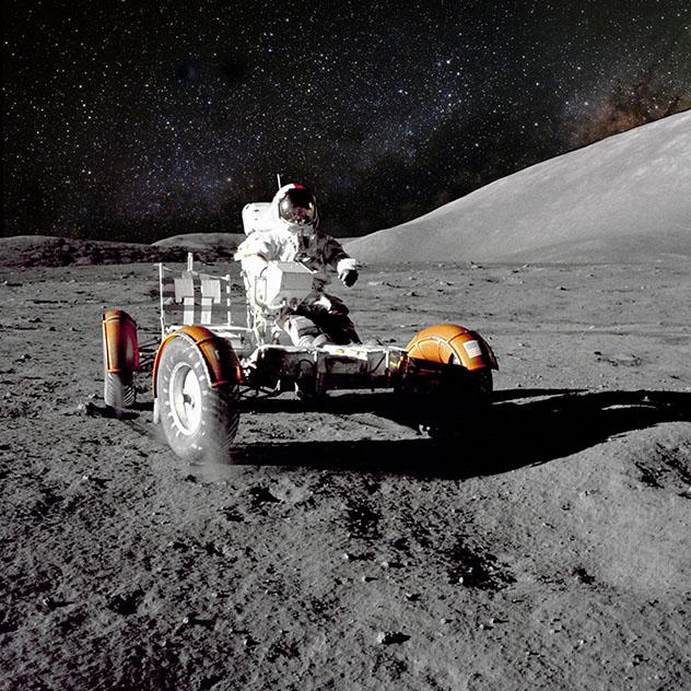 Viaje virtual al espacio: la Luna y Marte
