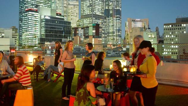 Rooftop Bar, bar de azotea delCurtin House, en el centro de Melbourne, Australia © www.curtinhouse.com
