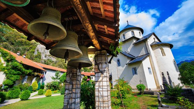 Monasterio de Morača, norte de Montenegro © Goncharovaia / Shutterstock