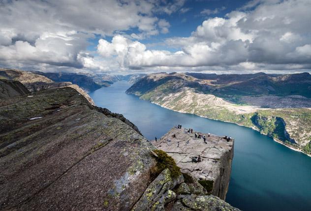 Lysefjord, fiordo de Noruega © Svein Nordrum / Getty Images