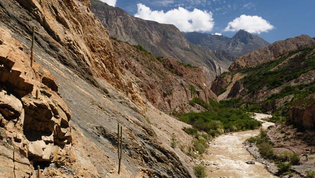 Perú, cañón río Cotahuasi © Rafal Cichawa / Shutterstock
