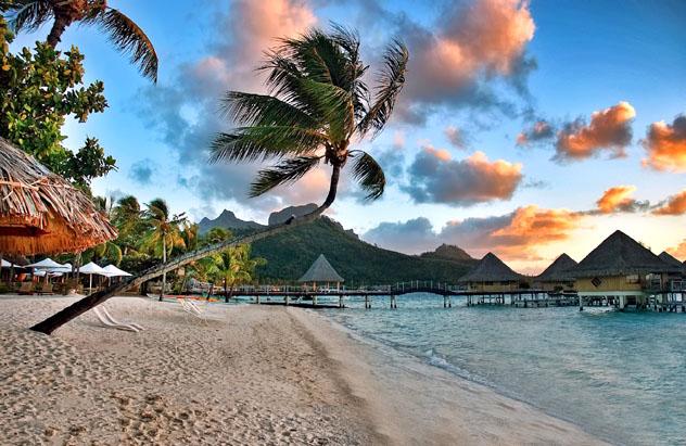 Bora Bora, islas de la Sociedad, Polinesia Francesa © Lux_Blue_Shutterstock