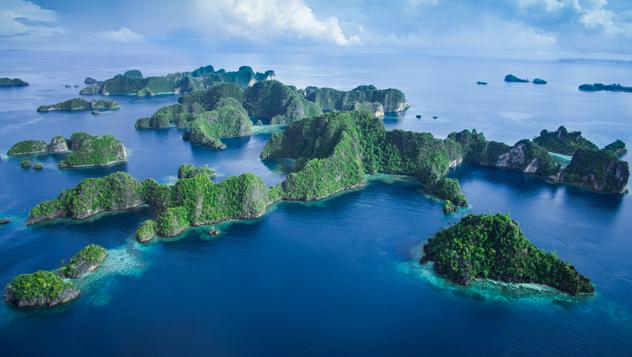 Raja Ampat, Indonesia © Jones-Shimlock-Secret Sea Visions / Getty Images