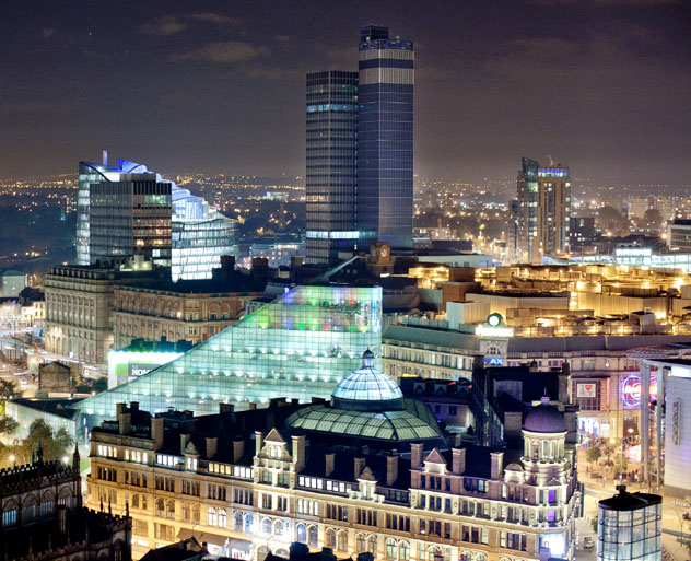 Manchester es una ciudad grande, llamativa y acogedora que resulta ideal para una escapada económica, Inglaterra, Reino Unido © Mark Lovatt / Getty Images / Flickr RF