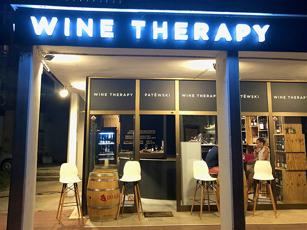 Novi Sad, Serbia: bar y tienda Wine Therapy