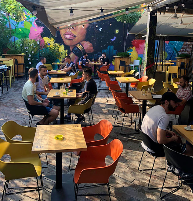 Novi Sad, Serbia: 'pub' PUBeraj
