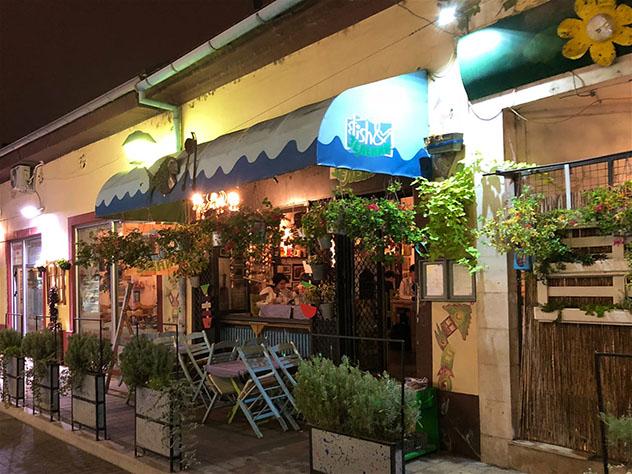 Novi Sad, Serbia: restaurante Fish & Zeleniš