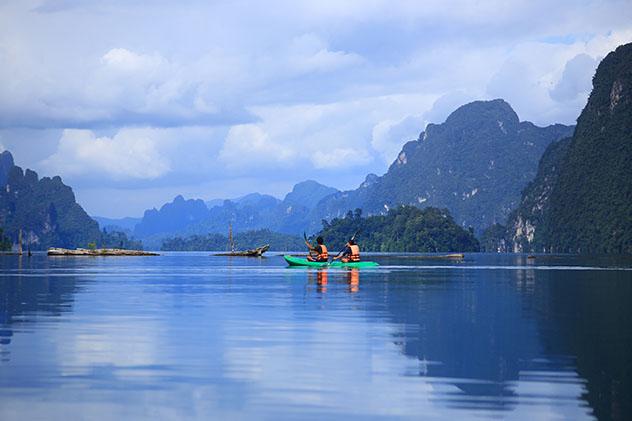 Explorando el Parque Nacional Khao Sok, Tailandia. Viaje sostenible Lonely Planet