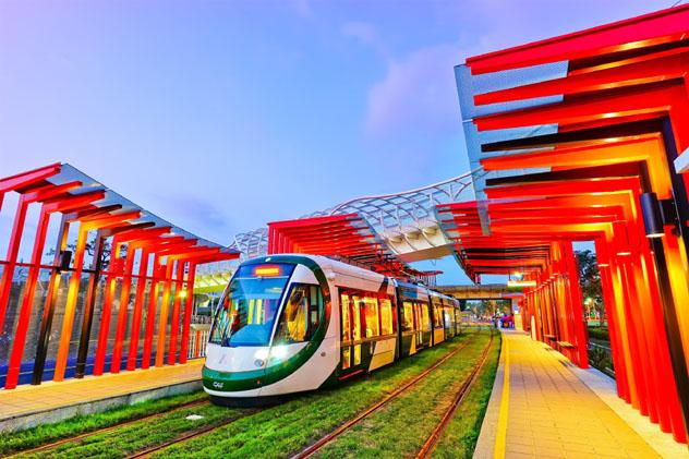 El nuevo tren ligero de Kaohsiung unirá los principales puntos de interés cultural, Taiwán © Javen / Shutterstock