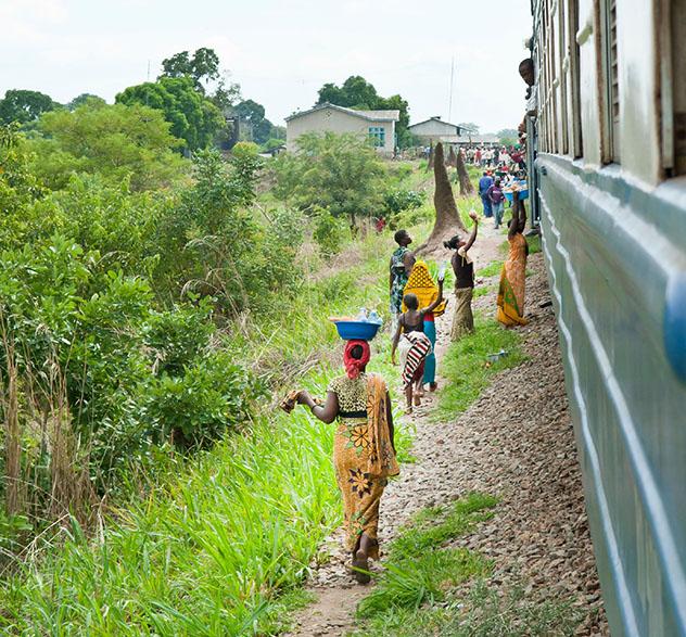 Tren nocturno, Tazara Railway, Tanzania. Viaje sostenible Lonely Planet