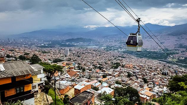 Turismo sostenible: comunidad. Medellín, Colombia