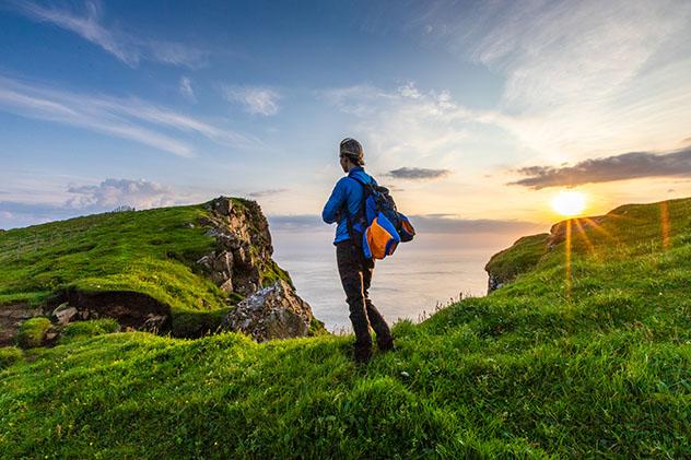 Turismo sostenible: comunidad. La guía local Oda Wilhelmsdóttir Andreasen, islas Feroe, Dinamarca