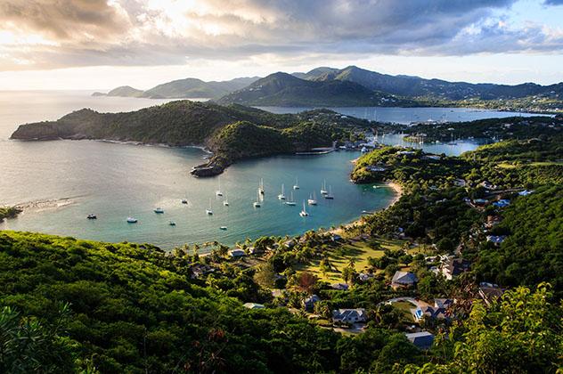 Turismo sostenible: sostenibilidad. Antigua y Barbuda, un destino emergente