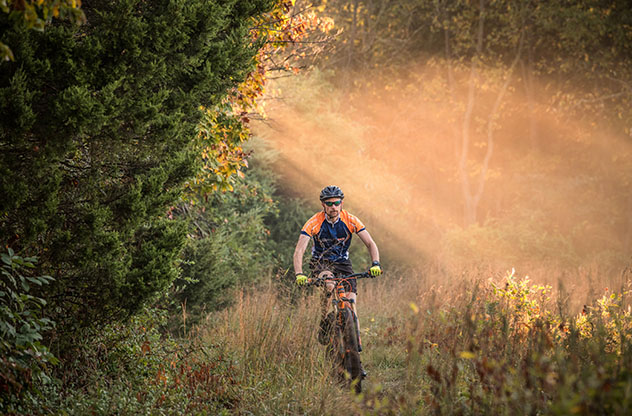 Turismo sostenible: sostenibilidad. Ruta ciclista Virginia Mountain Bike Trail, EE UU