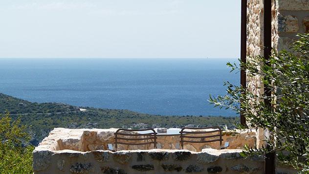 Turismo sostenible: sostenibilidad. La pensión Antares, Grecia