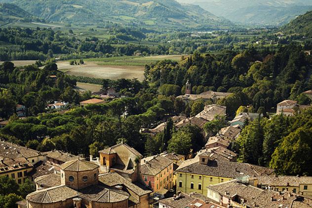 Turismo sostenible: sostenibilidad. Le Vie di Dante, Italia