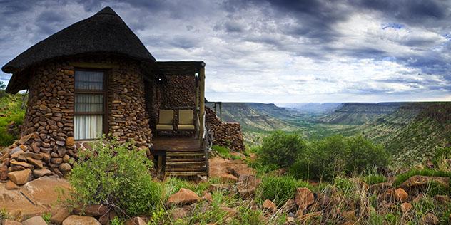Turismo sostenible: sostenibilidad. Alojamiento Grootberg Lodge, Namibia