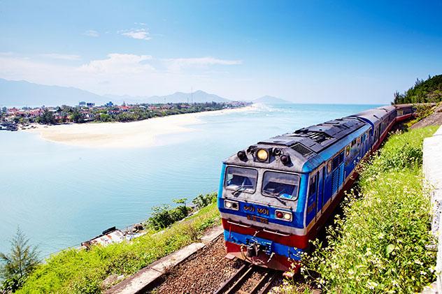 Tren nocturno Reunificaton Express, Vietnam. Viaje sostenible Lonely Planet