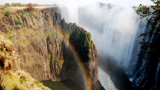 Zimbabue, río Zambeze, Cataratas Victoria © Nicola Destefano / Shutterstock