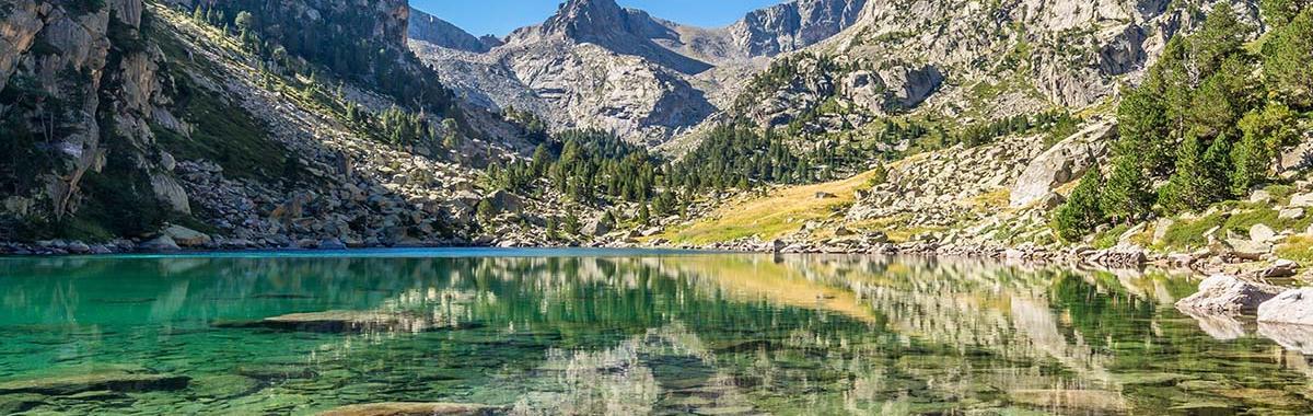 Lago Monestero en el Parque Nacional de Aigüestortes
