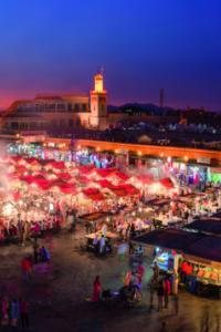 Yamaa el Fna, la plaza principal de Marrakech, Marruecos
