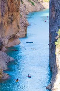 Turismo activo en Mont-Rebei, Cataluña, España