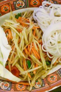 Gastronomía de Laos: ensalada de papaya verde