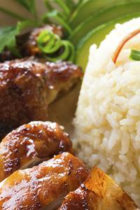 Gastronomía de Singapur: pollo con arroz