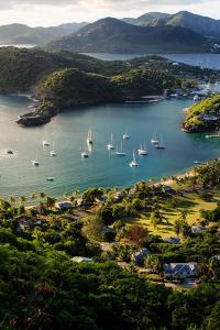 Turismo sostenible: Vistas del English Harbor, Antigua