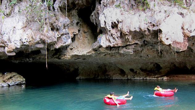 'Tubing' de ríos, Belice