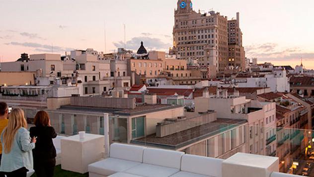 Terraza Hotel Room Mate Óscar en Madrid, Comunidad de Madrid, España