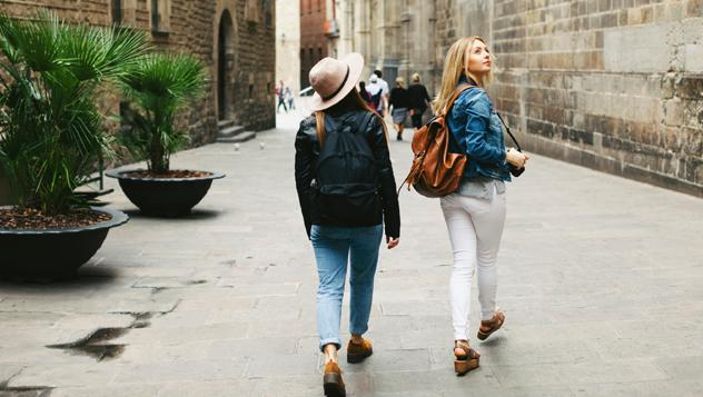 Viajeros en Barcelona, Cataluña, España