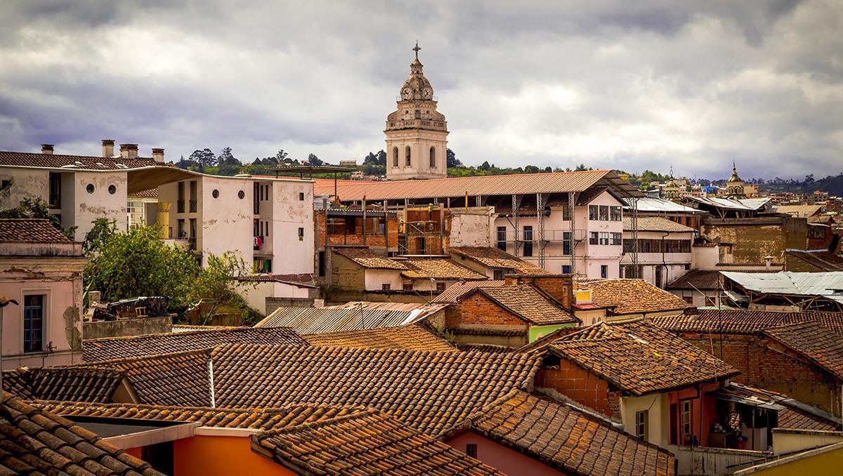 Vista aérea de Quito colonial, Ecuador
