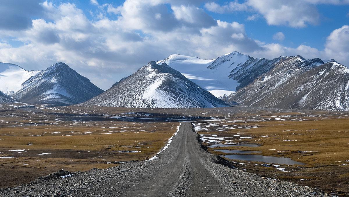Kirguistán, Tien Shan