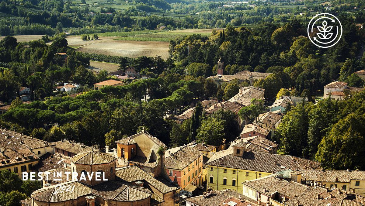 Brisighella, en la provincia de Rávena, Italia, parte de la ruta sostenible Le Vie di Dante