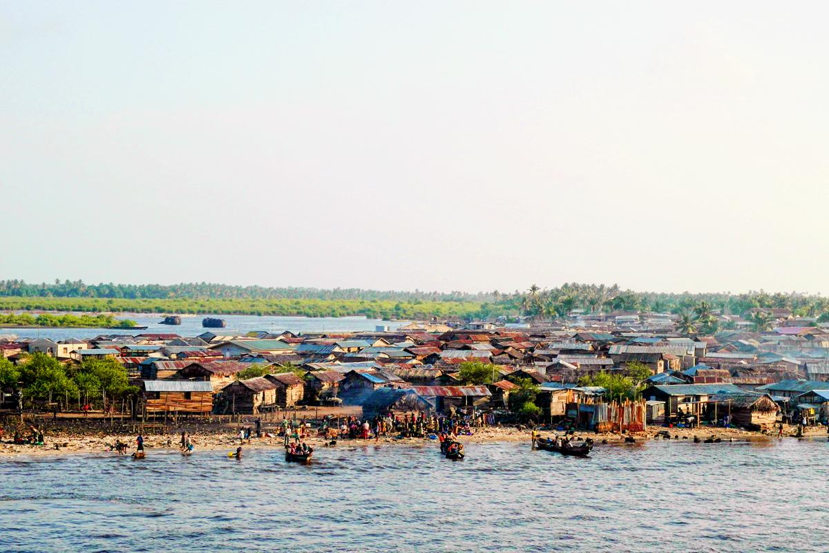 Laos, Nigeria