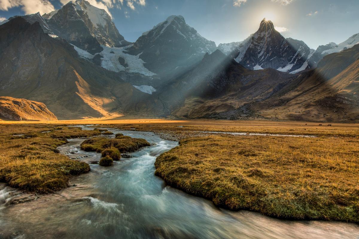 Cordillera Huayhuash, Perú