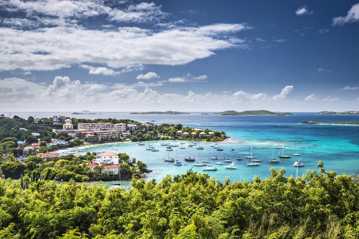Bahía Cruz, Islas Vírgenes, de los EE UU y Británicas