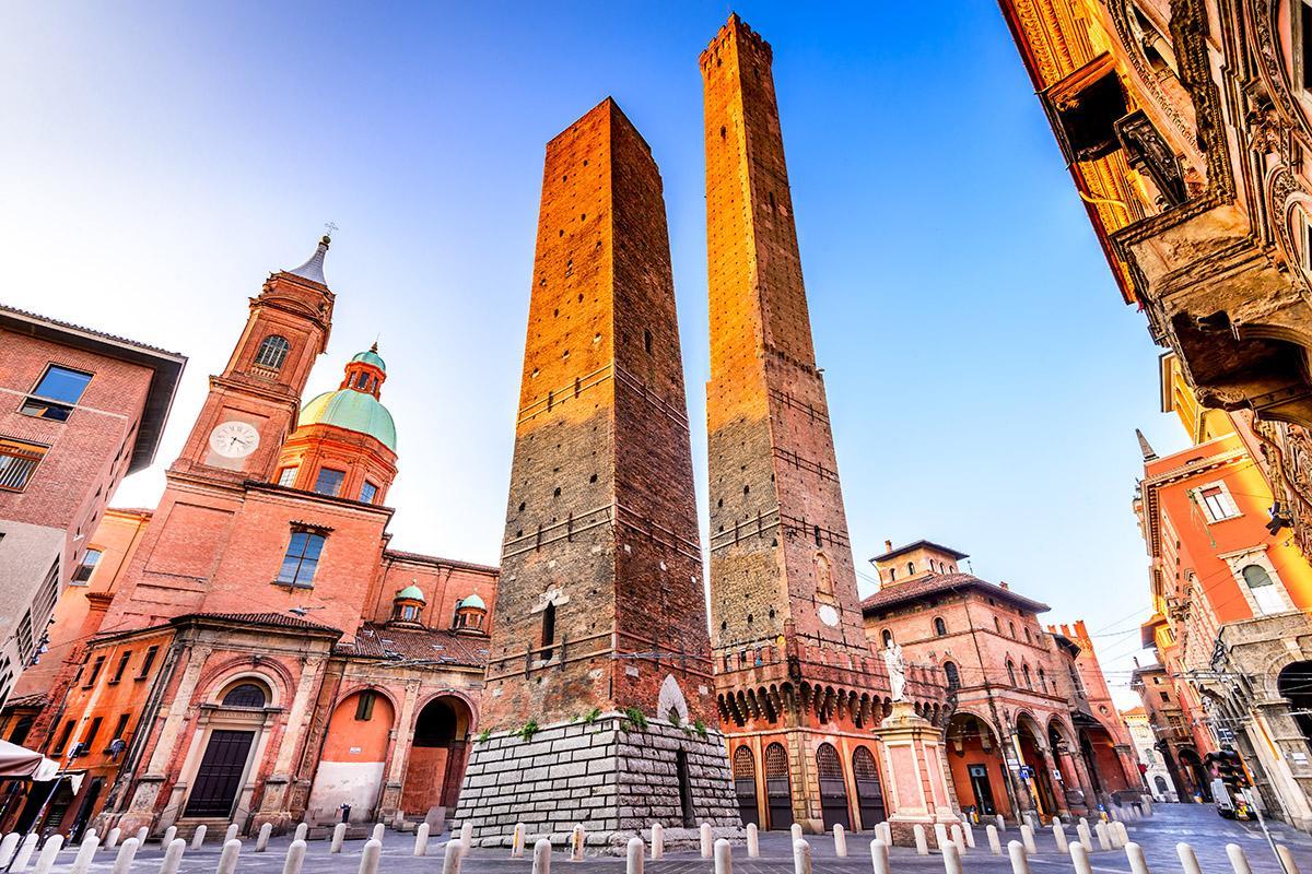 Dos Torres, Bolonia, Italia