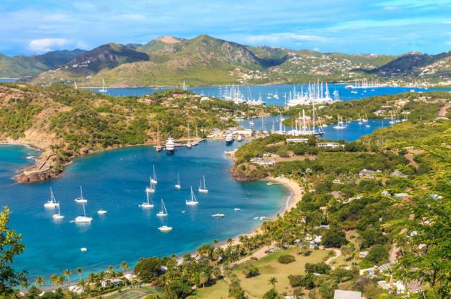 Vistas del English Harbour desde el mirador de Shirley Heights, Antigua