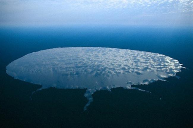 Lago Télé, República del Congo