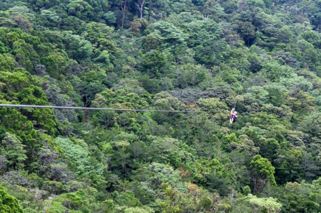 Tirolina en Monteverde, Costa Rica