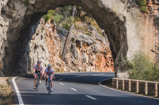 En bicicleta por la Tramuntana, Mallorca, Baleares, España
