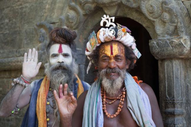 Nepalíes en el templo de Pashupatinath, Nepal
