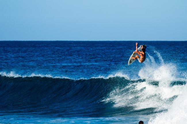 """Hacer """"surf"""" en Rincón, Puerto Rico"""