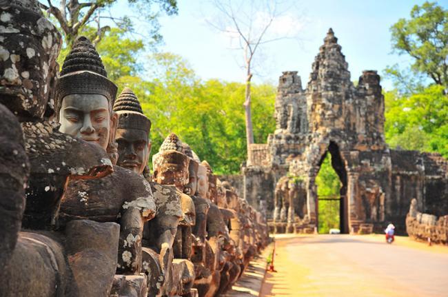 Los enigmáticos rostros de Avalokiteshvara. Siem Reap, Camboya