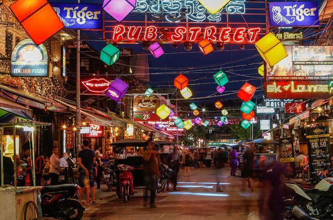 Pub street, Siem Reap, Camboya